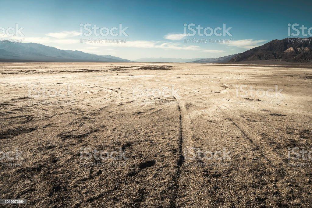 Badwater Basin Salinen Wüste, California - Lizenzfrei Ausgedörrt Stock-Foto