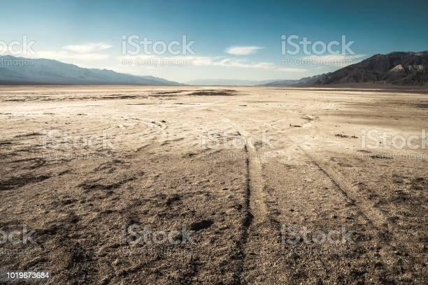 Badwater Basin Salinen Wüste California Stockfoto und mehr Bilder von Ausgedörrt