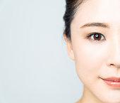 若いアジア女性の Baeuty 概念。