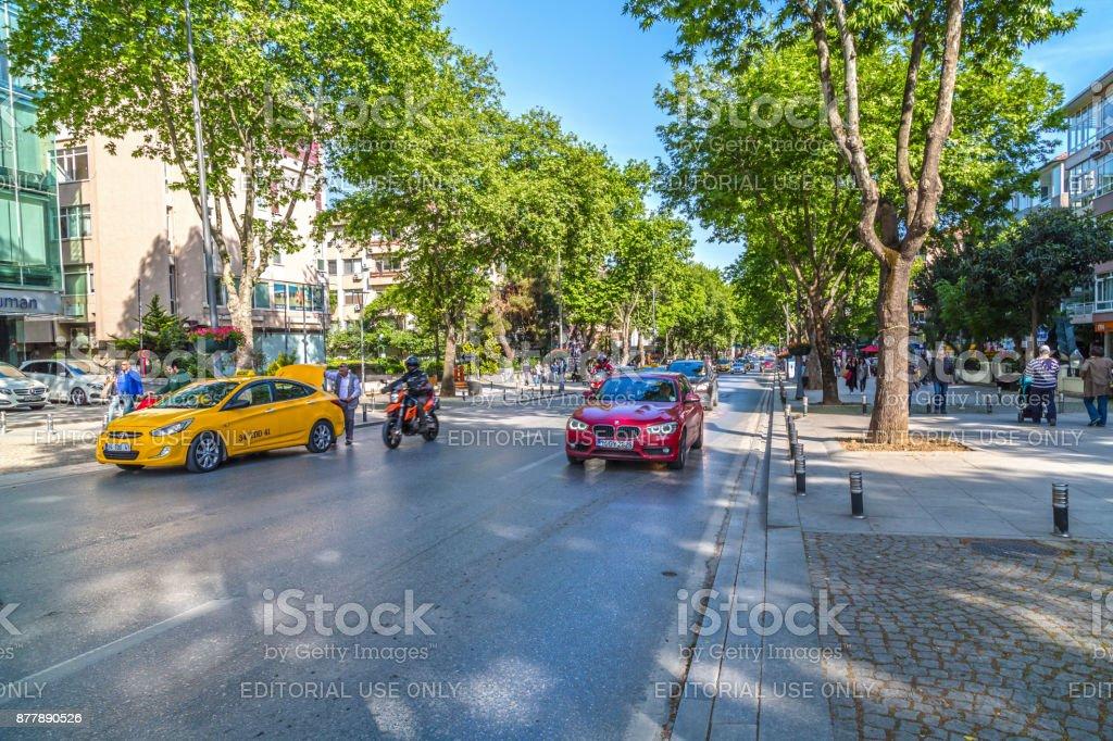 Avenida Bagdat (Turco: Bagdat Caddesi), Istanbul - foto de stock
