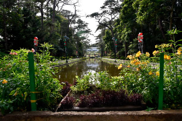 baguio city parks sightseeing, the summer capital of philippines - baguio city stock photos and pictures