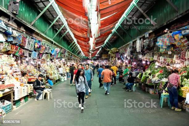 Baguio city public market main local market philippines picture id903626756?b=1&k=6&m=903626756&s=612x612&h=toytrnmwqhhx6t4dkmjixcwksyfdna0ndknwcpb wgw=
