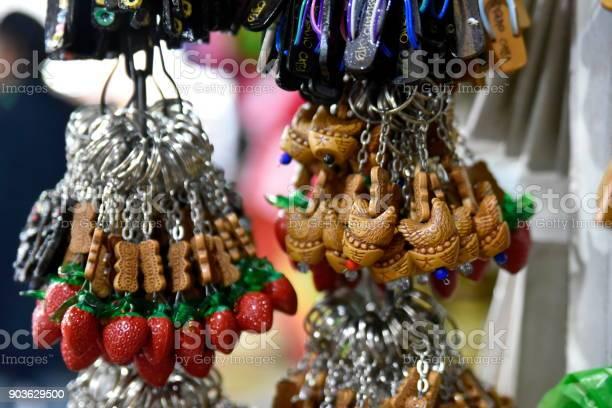 Baguio city public market main local market philippines picture id903629500?b=1&k=6&m=903629500&s=612x612&h=5lvqfd7ib2skolxbofazfjuvjo4nkf9sykv0ijfbdb4=
