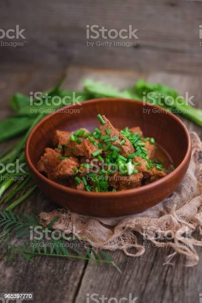 Pieczone Mięso W Glinianym Naczyniu - zdjęcia stockowe i więcej obrazów Bez ludzi