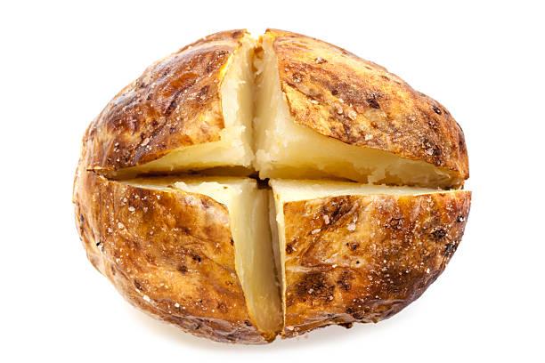 Batata assada, isolada no branco