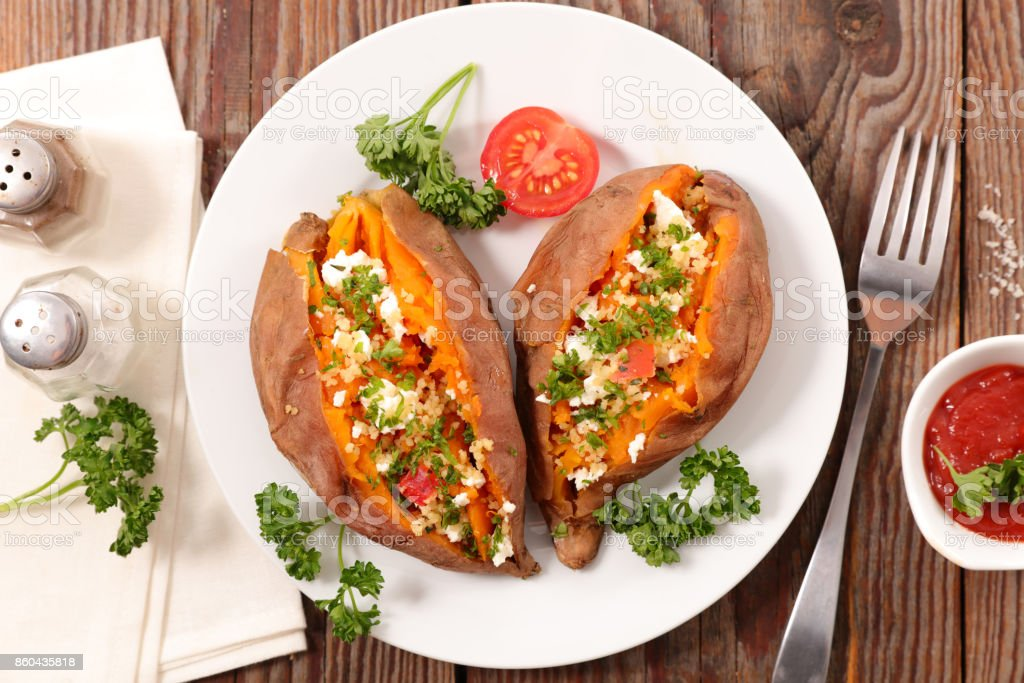 baked sweet potato - fotografia de stock