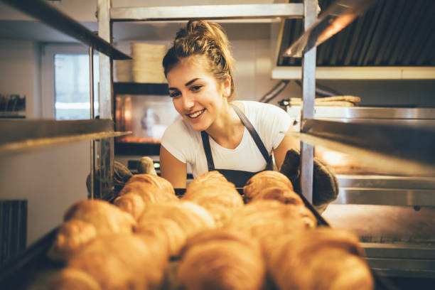 baker  - boulanger photos et images de collection