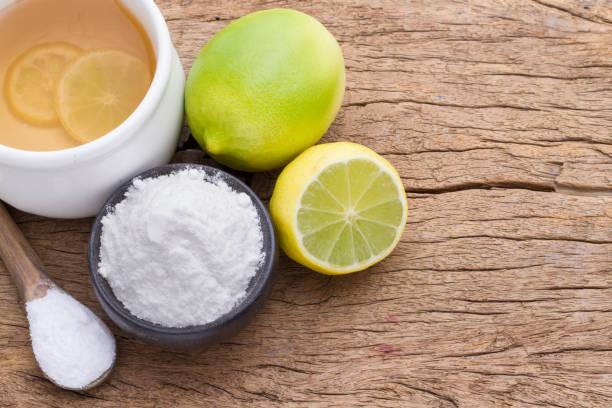 bicarbonato y limón - foto de stock