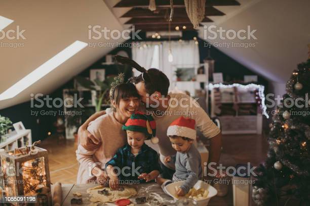 Baking christmas cookies with my family picture id1055091198?b=1&k=6&m=1055091198&s=612x612&h=kmuk5jkhmern0xwtaceh96zyleshbxfmuac3f5a2nn8=