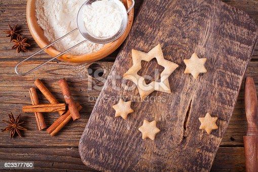 istock Baking cookies for Christmas 623377760