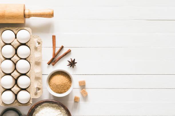 backzutaten / kochen-essen brot gebäck oder kuchen - hausgemachte zuckerplätzchen stock-fotos und bilder