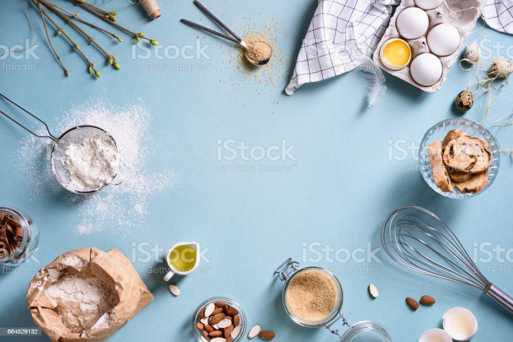 Backen oder Kochen Rahmen. Zutaten, Küchenutensilien zum Backen von Kuchen. Lizenzfreies stock-foto