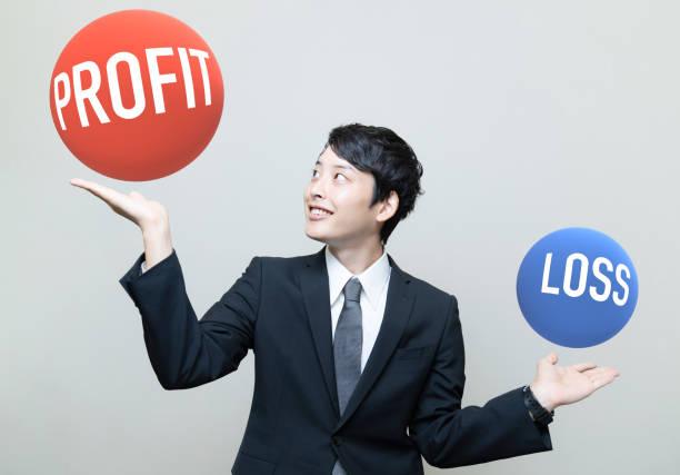 利益と損失の概念のバランス。 - loss ストックフォトと画像