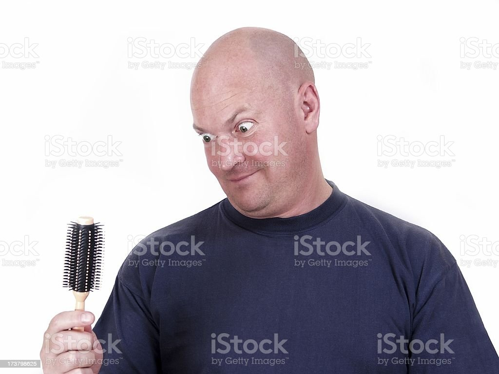 Hombre calvo & cepillo para el cabello - foto de stock