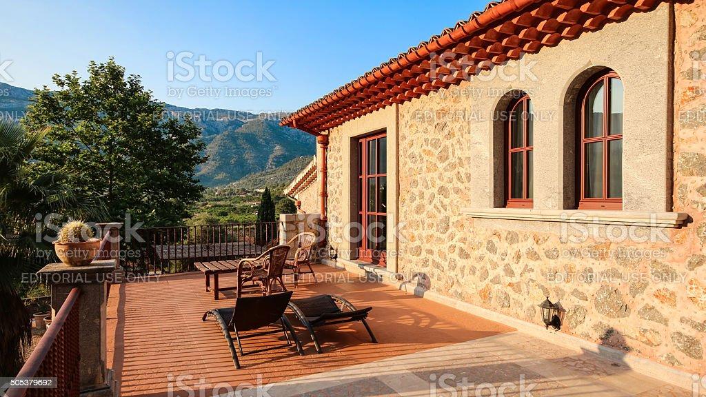Mediterrane Architektur balearen mediterrane architektur mallorca finca stock fotografie