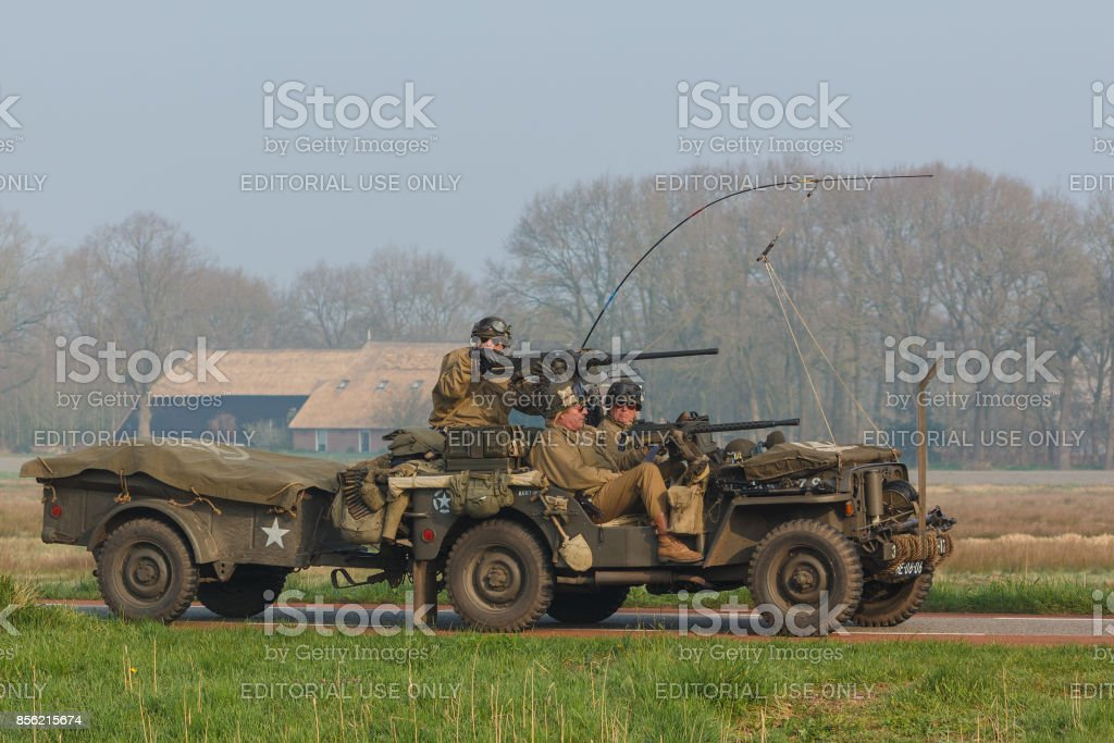 Balkbrug, Nederland apr 10, 2015: The Final Push, Willy's Jeep naar Groningen foto