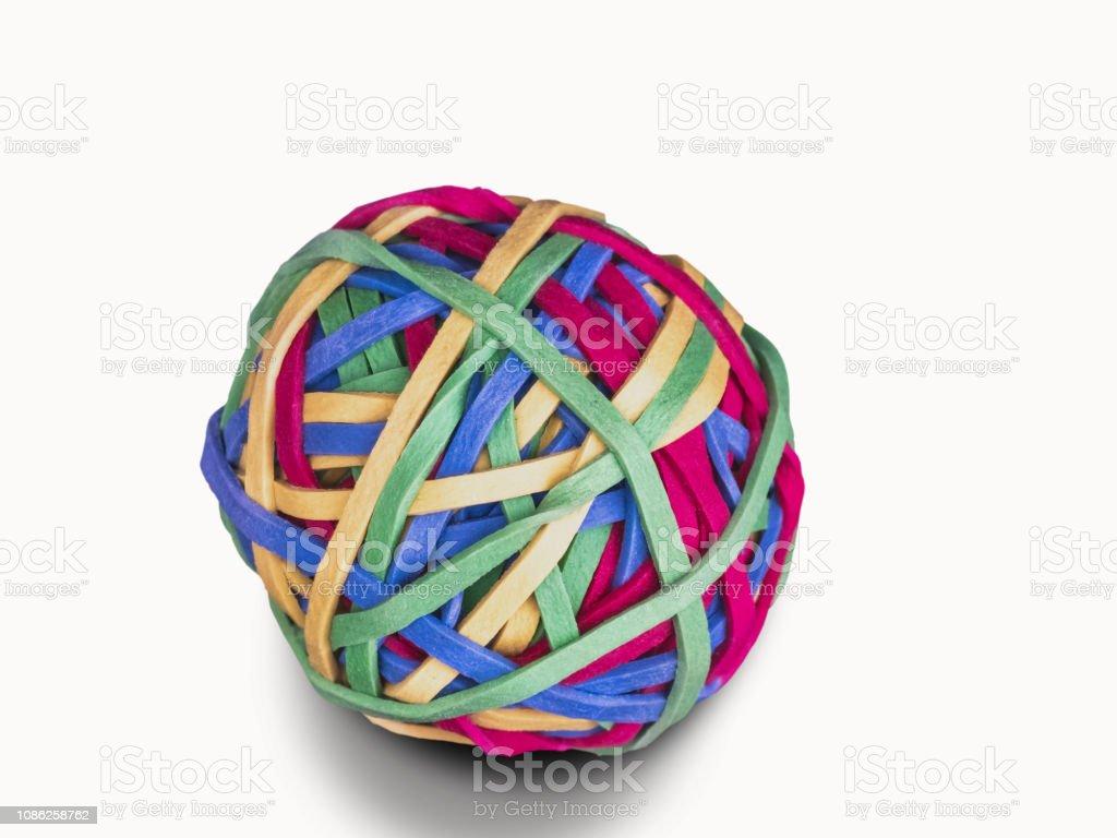 0584 Ball aus Gummibändern, weißer Hintergrund – Foto