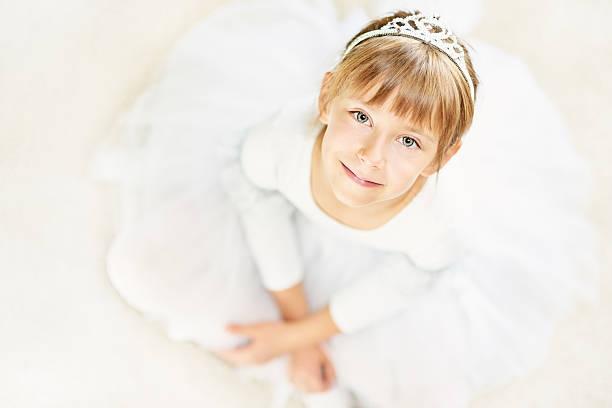 ballerina princess - prinzessinnen tutu stock-fotos und bilder