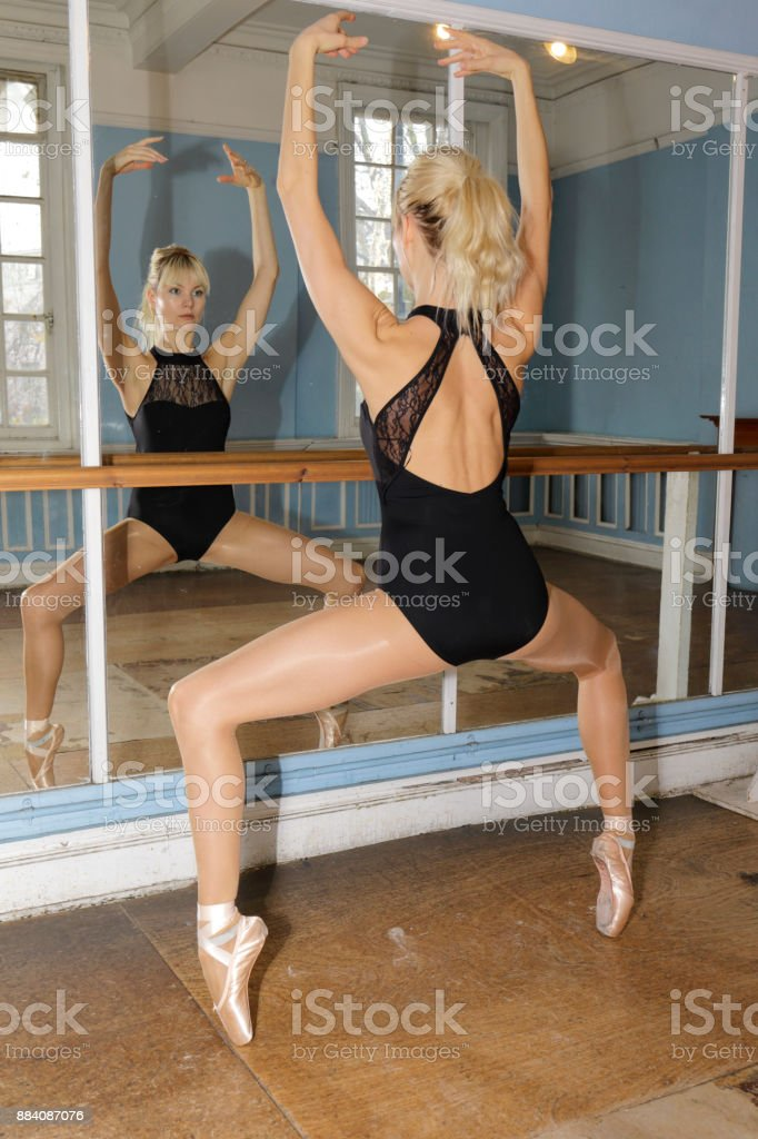 Ballet practise en pointe Danish ballerina practise mirror stock photo