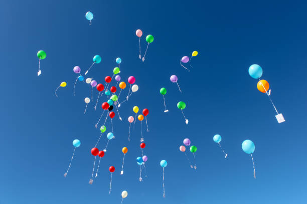 Balões no ar - foto de acervo