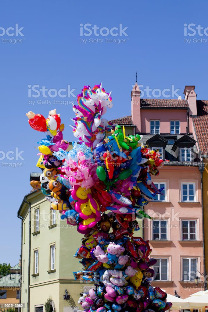 Balloons in the Old Town in Warsaw. - Royalty-free Architecture Stock Photo