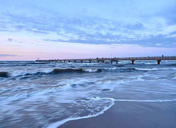 baltic coast nahe prerow - prerow stock-fotos und bilder
