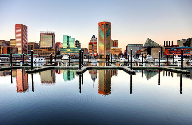 Baltimore's Inner Harbor Baltimore skyline along the Inner harbor inner harbor baltimore stock pictures, royalty-free photos & images