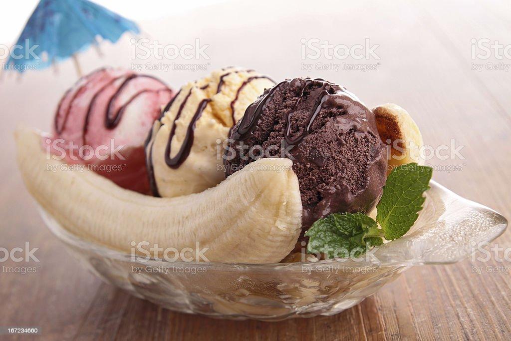 banana split stock photo