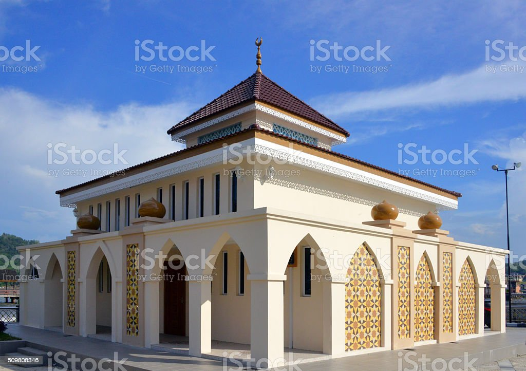 Bandar Seri Begawan, Brunei: corniche mosque stock photo