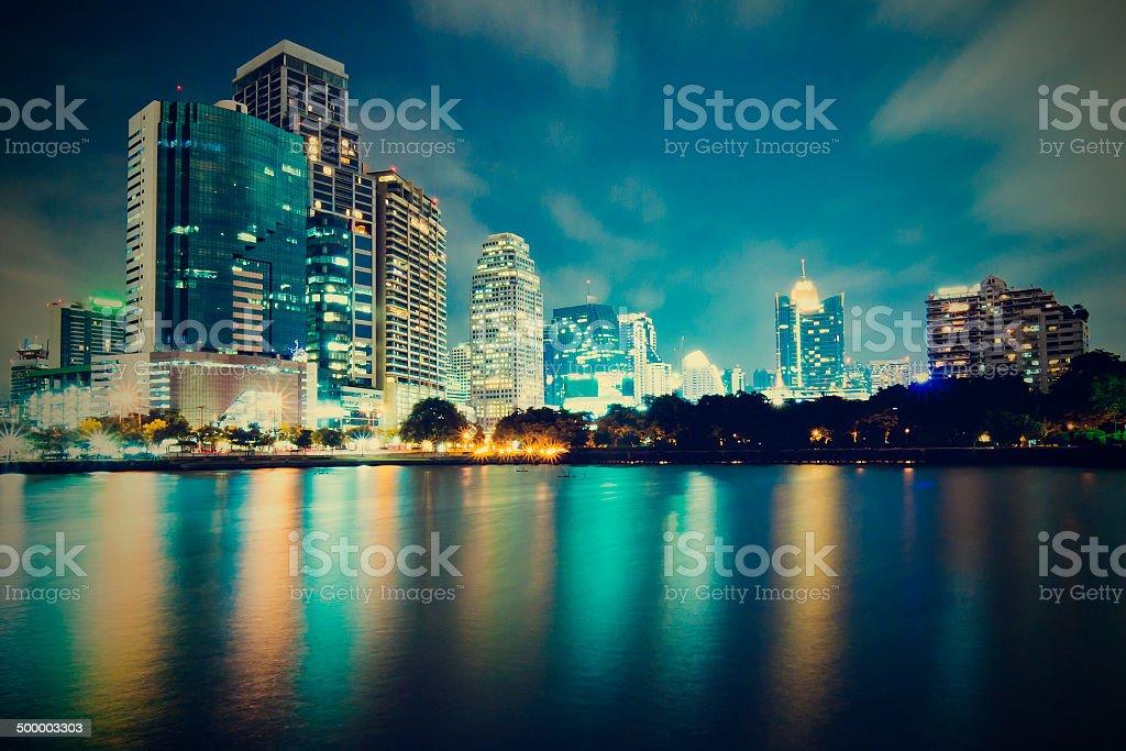 Bangkok city downtown at night with reflection of skyline, Bangk圖像檔