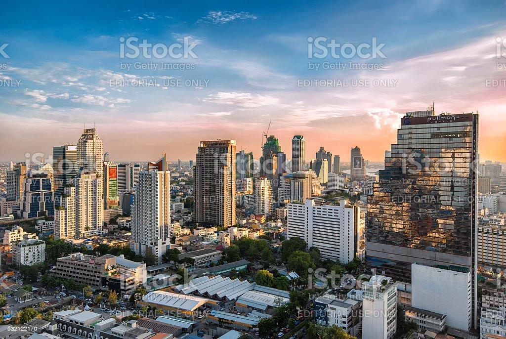 Bangkok cityscape skyline at Bang Rak district during sunset圖像檔