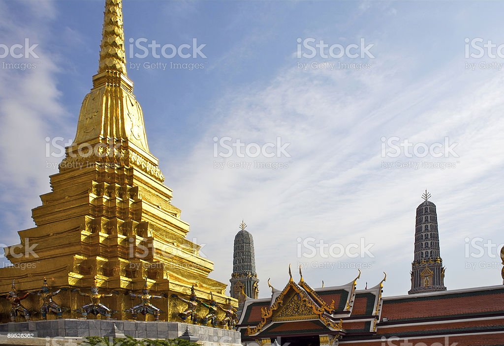Bangkok: Golden Pagoda and Spires 免版稅 stock photo