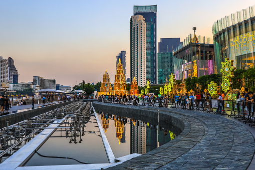 istock Bangkok,Thailand on November 23,2019:Large Christmas trees to celebrate Christmas and New Year Festival at River Park of ICONSIAM,the new shopping complex on the riverbank of Chao Phraya River. 1189913438