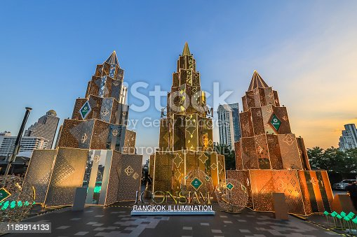 istock Bangkok,Thailand on November 23,2019:Large Christmas trees to celebrate Christmas and New Year Festival at River Park of ICONSIAM,the new shopping complex on the riverbank of Chao Phraya River. 1189914133