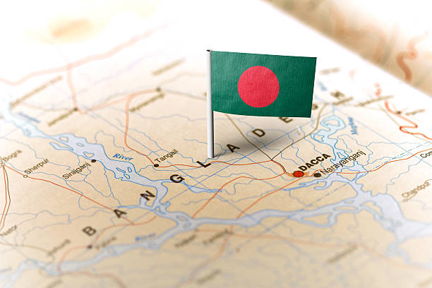 Bangladesh pinned on the map with flag 스톡 사진