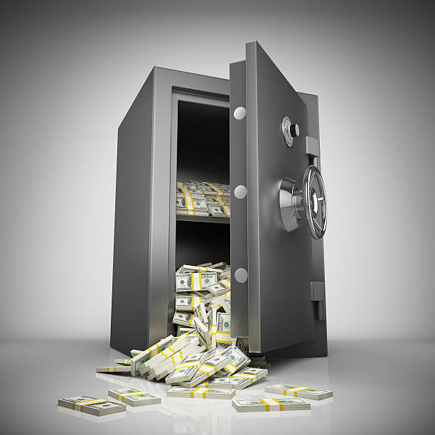 coffre-fort de banque avec de l'argent - coffre fort équipement de sécurité photos et images de collection
