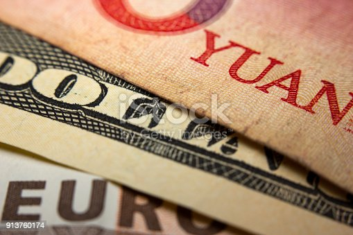 istock Banknotes 913760174