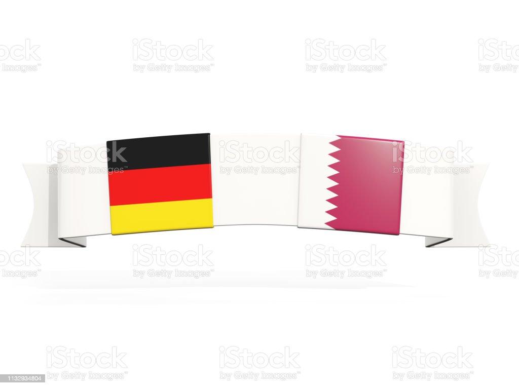 Banner con dos banderas cuadradas de Alemania y Qatar - foto de stock