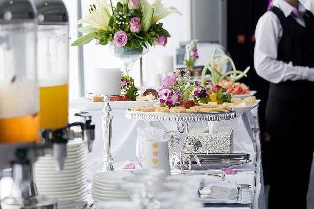 Bankett-Tisch mit Desserts – Foto