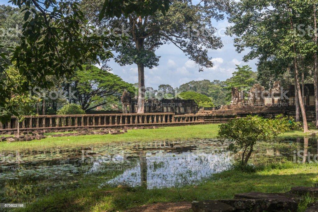 Baphuon Temple bridge, Siem Reap, Cambodia foto de stock royalty-free