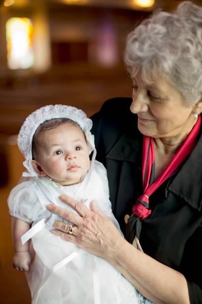 taufe: baby boy taufkleid - taufe fotos stock-fotos und bilder