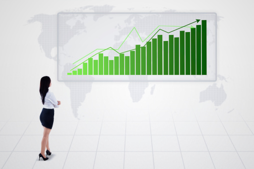 istock Bar chart with increasing trend and businesswoman - isolated 509981867