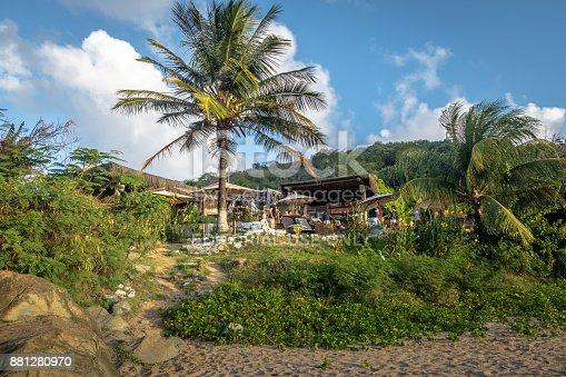 istock Bar do Meio at Praia da Conceicao - Fernando de Noronha, Pernambuco, Brazil 881280970