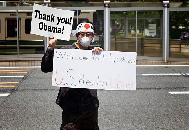 Barak obama visit hiroshima peace memorial picture id577950624?b=1&k=6&m=577950624&s=612x612&w=0&h=67evsrkea4wc8azzmk4htfengygsfhah9votk5mkydw=