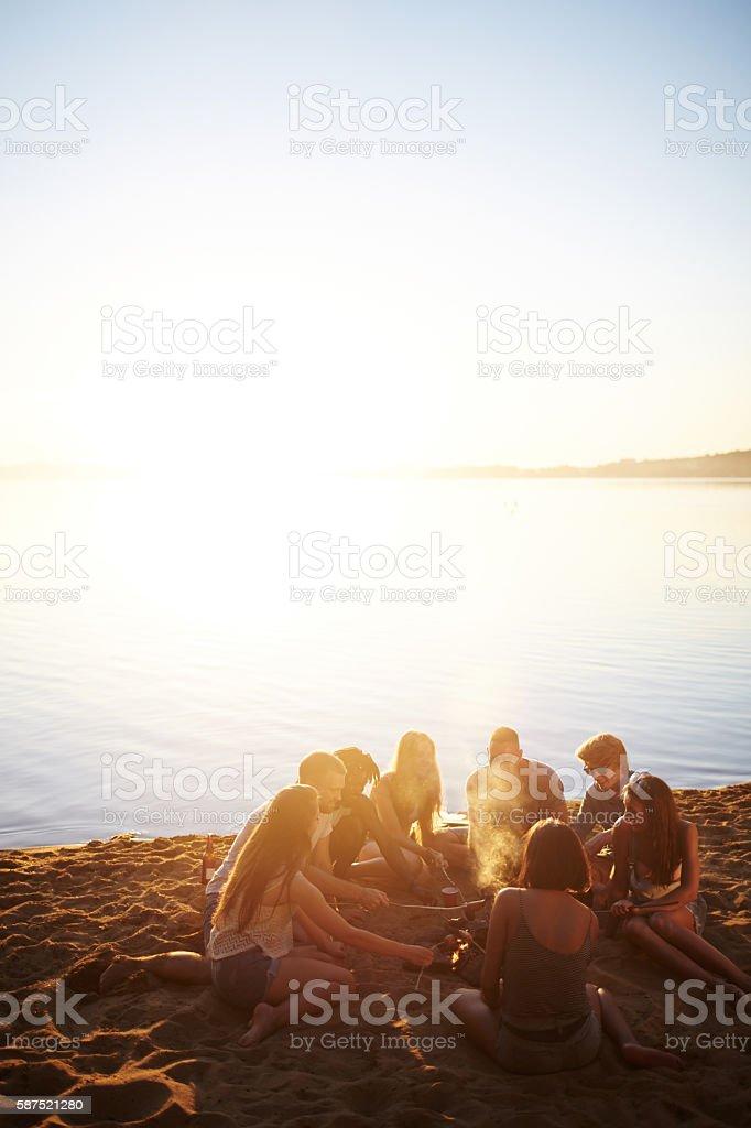 Barbecue sur la plage - Photo
