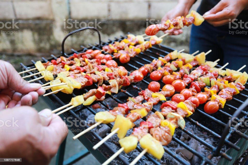Foto de Barbeque Grill Rua Comida Na Tailândia Comer Ao Ar