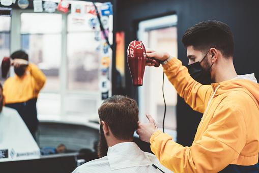 理髮店 照片檔及更多 2019冠狀病毒病 照片