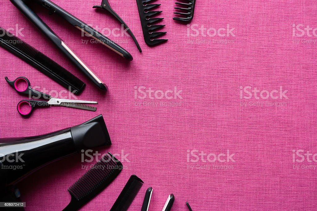 barber tools on a pink background and space for text – Foto