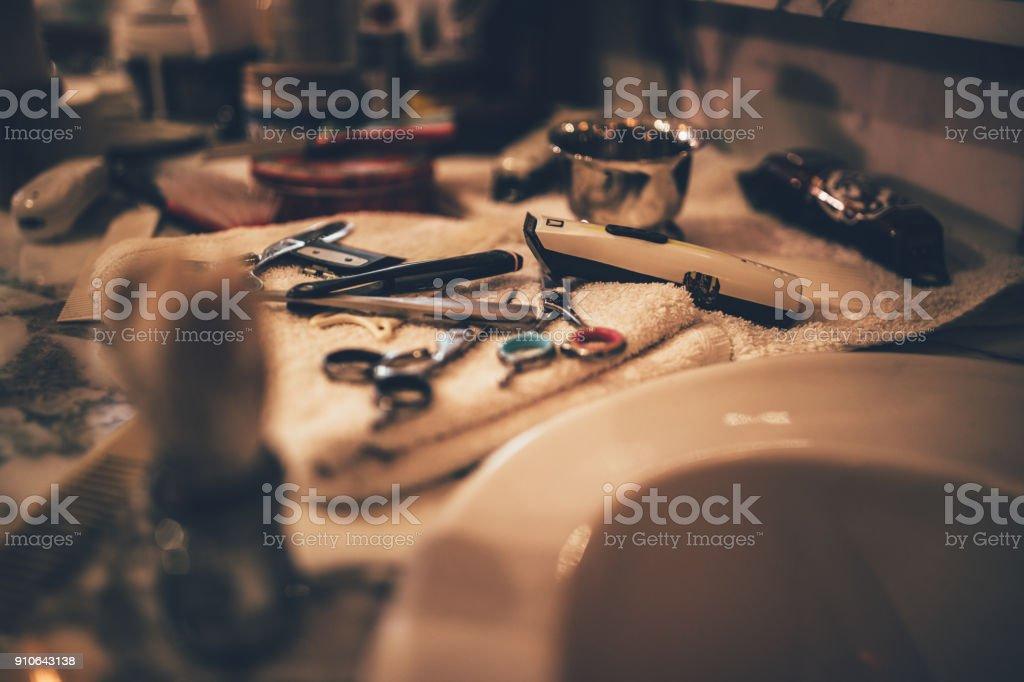 Peluquería vintage herramientas para el aseo de barba en peluquería retro - foto de stock
