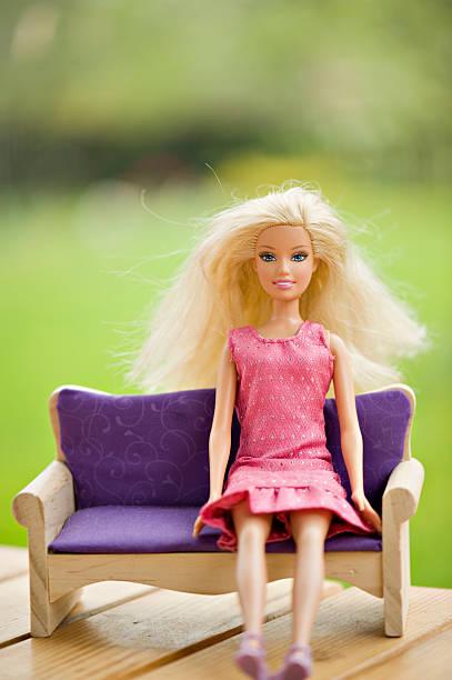 barbie - modepuppen stock-fotos und bilder